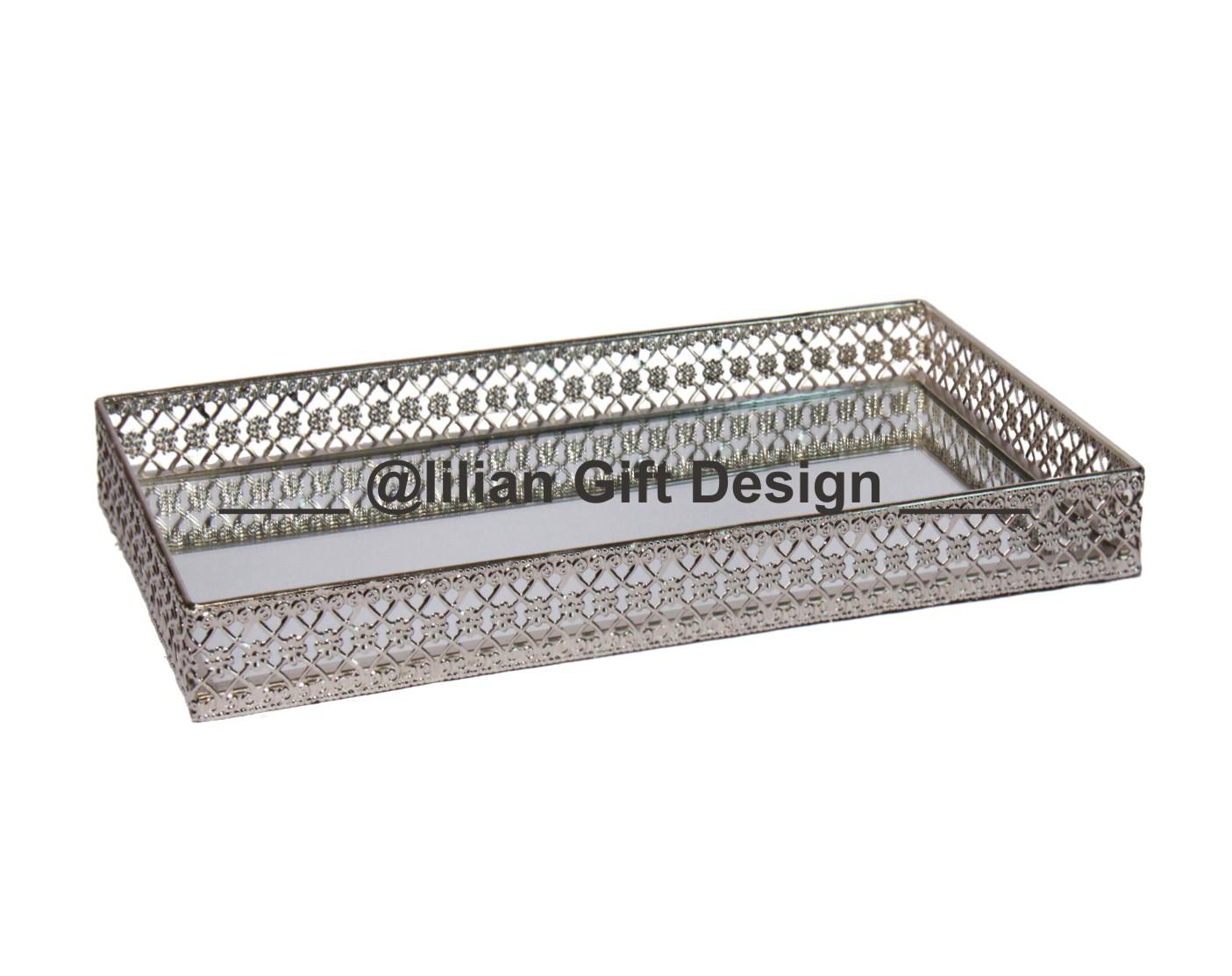 Bandeja metal ret.renda prata 22,5x40x5 cm (cx04).